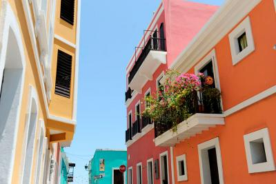 Pastel-painted buildings in Old San Juan
